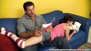 Apa és lánya szexvideók